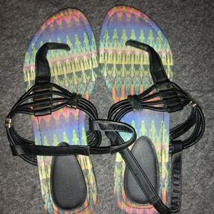 Womens Maurices Size 7 Sandals